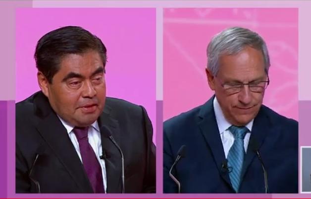 Barbosa y Cárdenas se confrontan; se llaman defraudador y corrupto