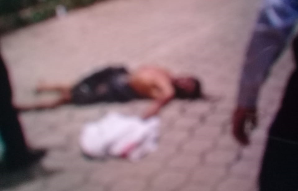 De un machetazo en la cara, lo matan durante pelea en Tlaola