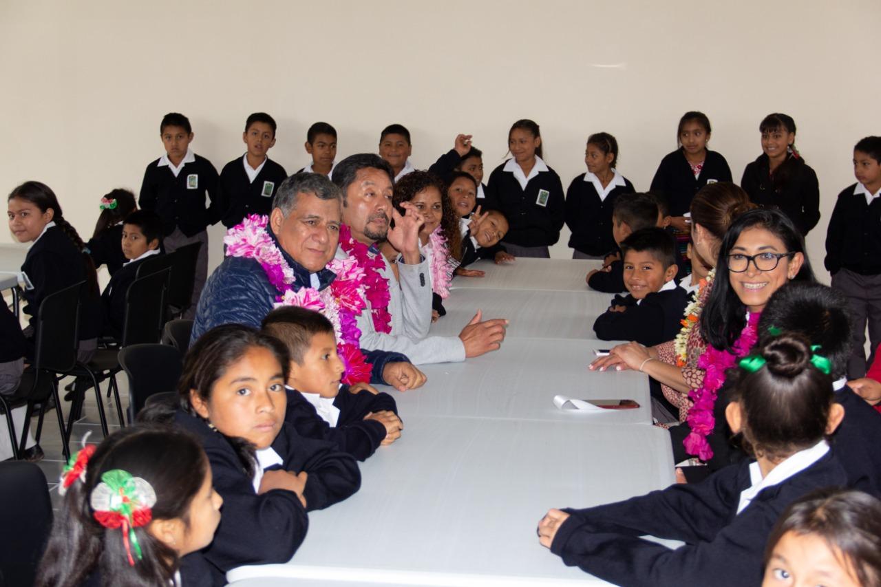 Entregan comedor escolar en primaria de Zacatlán
