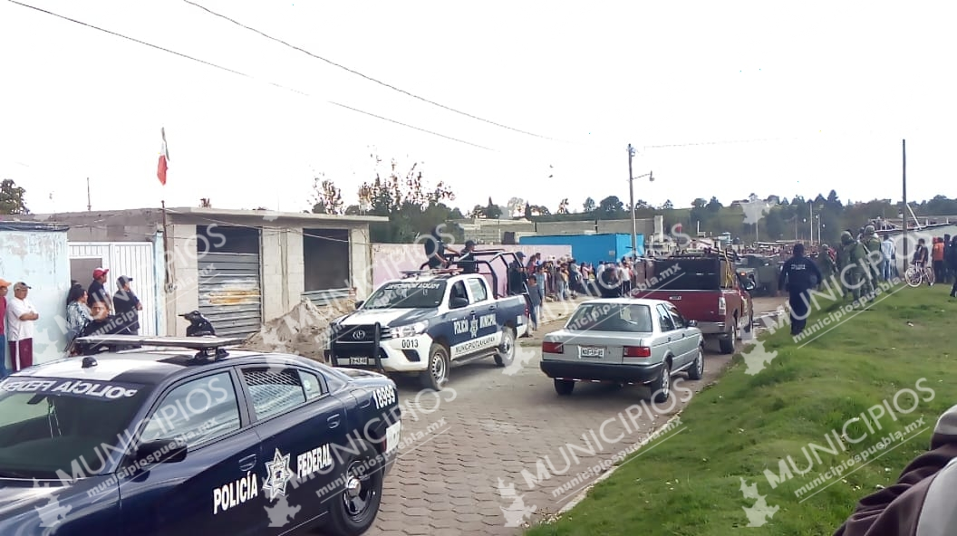 VIDEO Tras chocar, salvan de ser linchado a ladrón en Tlahuapan