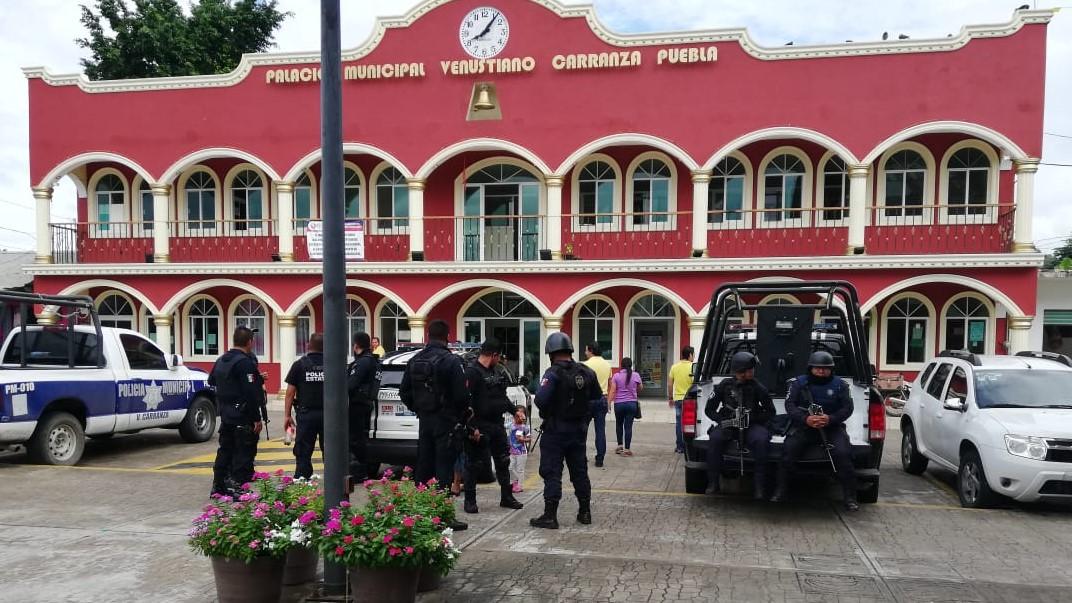 Desarman a policías de Venustiano Carranza por no renovar licencia colectiva