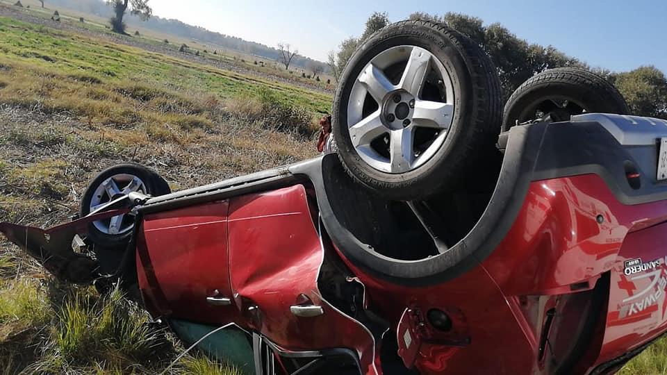 Saleros de Amozoc salen lesionados tras fuerte accidente en Tepeaca