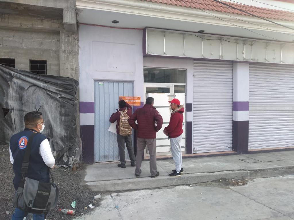 Le cierran gimnasio a regidor de Lara Grajales por violar cuarentena