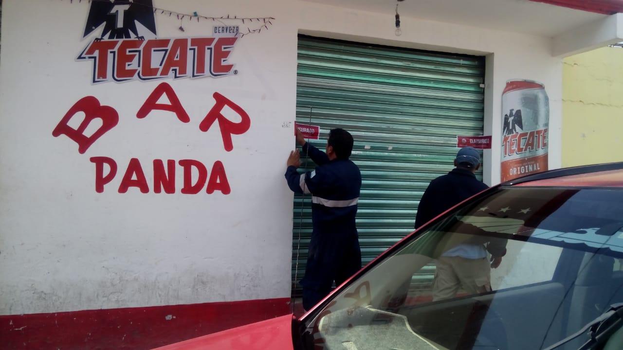 En Serdán, clausuran comercios por seguir funcionando durante cuarentena