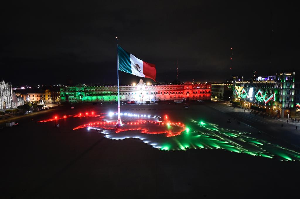 #ENVIVO Encabeza AMLO el Grito ante plaza vacía por Covid19