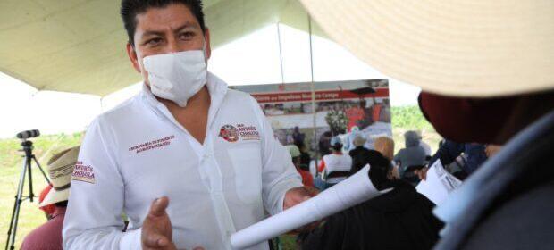 Gobierno y ciudadanos rehabilitan pozo en Acatepec