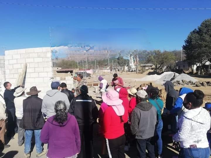 Protestan vecinos de Payuca en Cuyoaco por construcción de gasera
