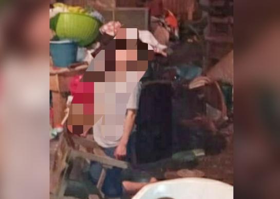 Colgando de una viga en su casa hallan a mujer en Venustiano Carranza