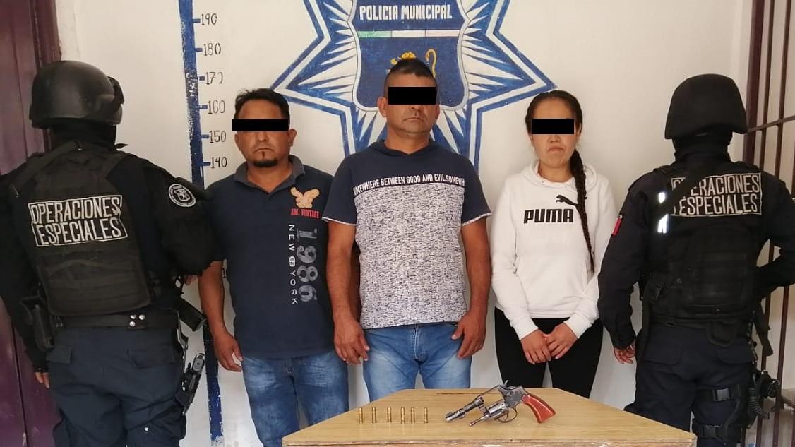 Caen tres por robo a trasporte y otros delitos en Huauchinango