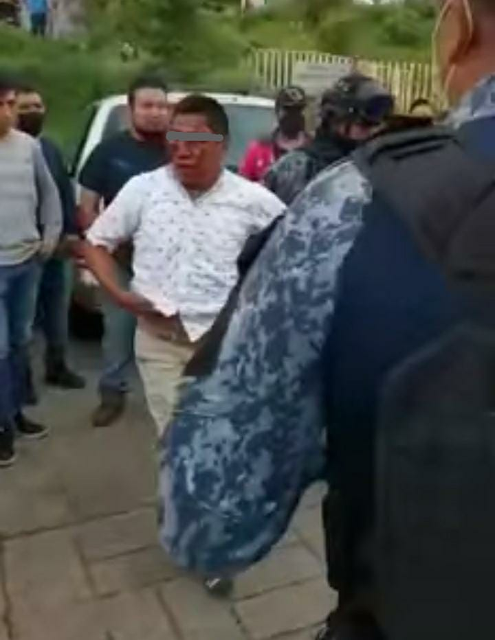 Se salva delincuente de ser linchado en un mercado de Huauchinango