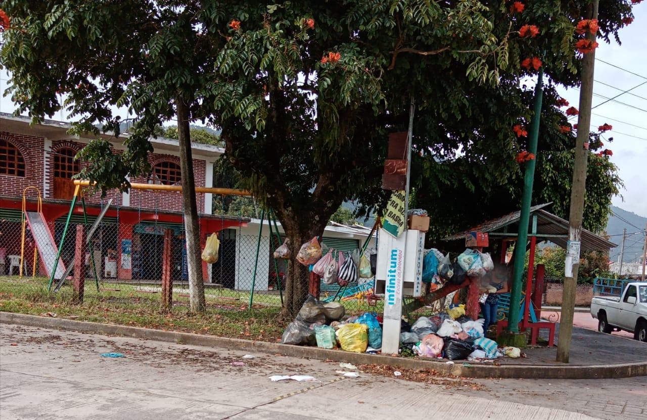 Todavía hay colonias sin agua tras paso de Grace en Juan Galindo
