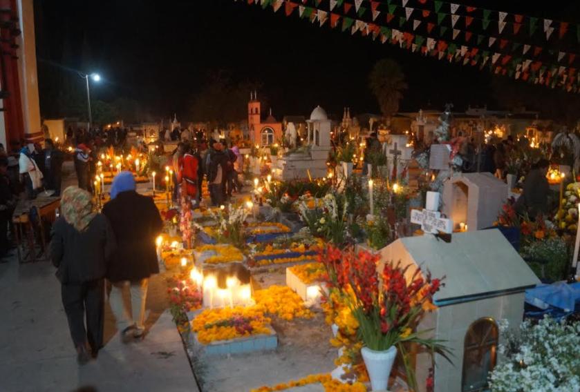 En Tlacotepec está en duda la tradición de velar a los muertos