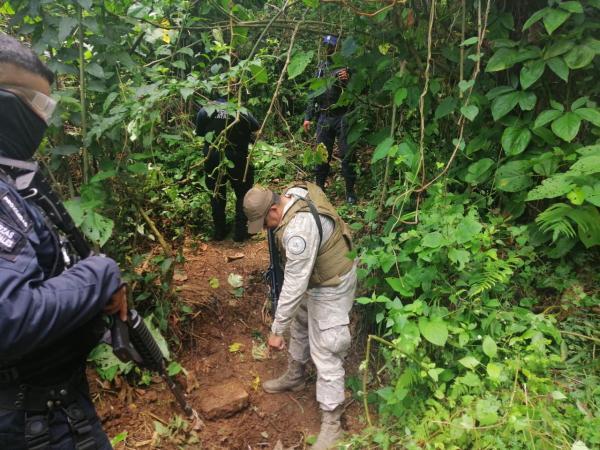 Halla Protección Civil estatal toma clandestina de gasolina en Xicotepec