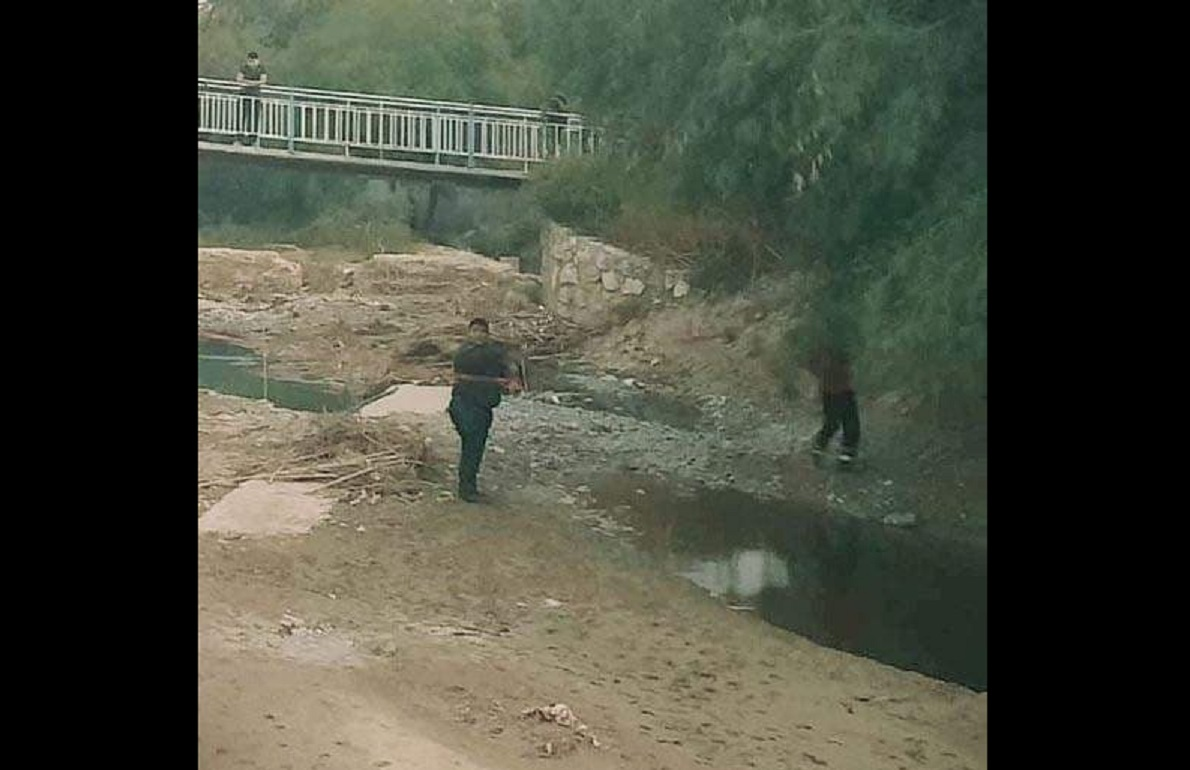 Localizan cadáver en descomposición en río de Zinacatepec