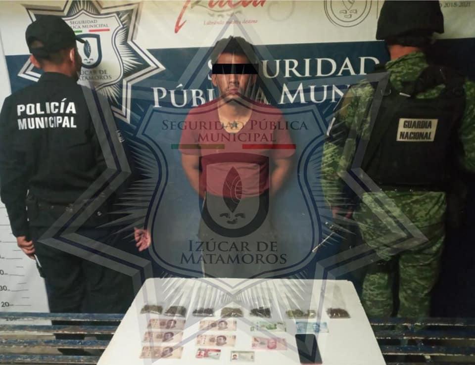 Cae narcomenudista y recuperan moto robada en la zona de tolerancia  de Izúcar